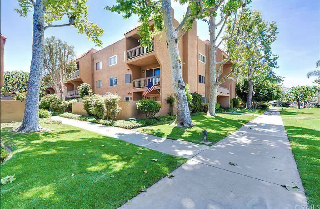 6600 Warner Ave #186 - Huntington Beach