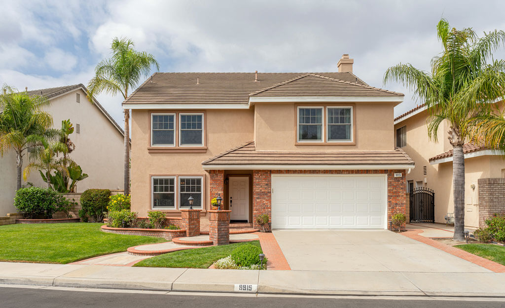 9915 Carrara Cir home in Cypress, CA